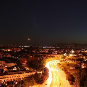 city skyline 654802 640